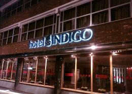 halo lit lettering